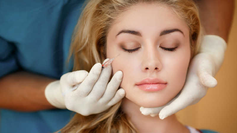What Causes Botox to Freeze Your Face?