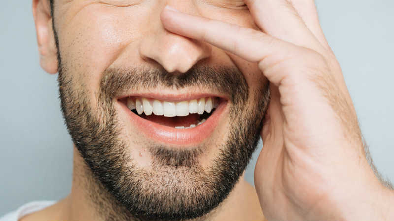 Dental Implants versus Veneers – Which is Best?